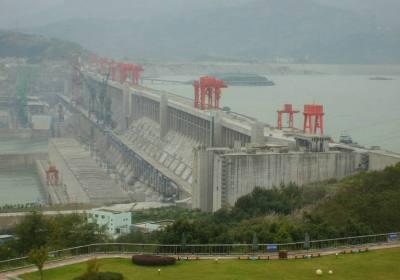 宜昌葛洲坝到三峡大坝两坝一峡间航道实行新规则,提升三峡通航能力