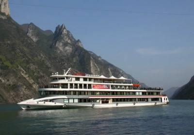 观三峡三峡五号旅游线路:宜昌到巫山奉节神女天路白帝城三峡大瀑布三日游