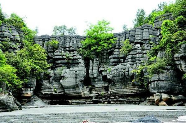 梭布垭石林1