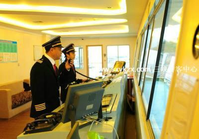 新高湖游轮2017年十一黄金周不涨价,欢迎来宜昌三峡旅游体验人车同行游三峡
