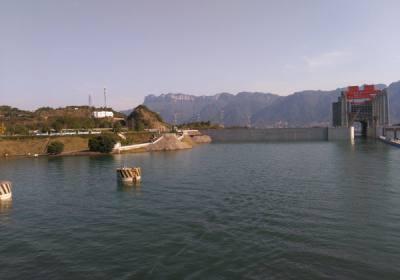 三峡升船机10月18日正式恢复运行,欢迎来宜昌乘坐升船机过三峡大坝体验垂直提升113米