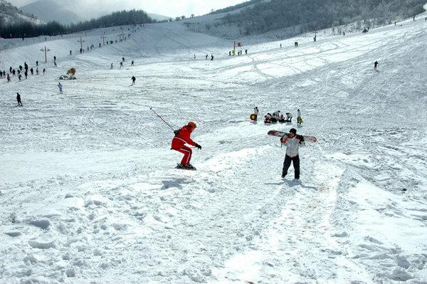 神农架滑雪场2