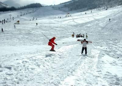 神农架国际滑雪场12月9日正式开业,2017-2018年神农架滑雪旅游季节开始啦