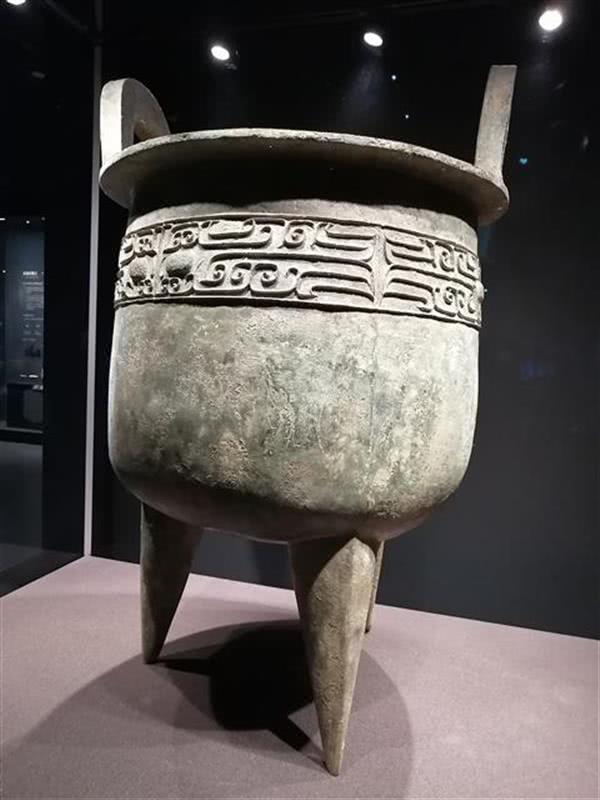 盘龙城中国商代早期最大的圆鼎