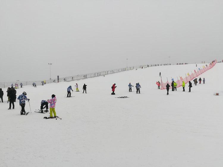 宜昌到独岭云顶酒店五峰国际滑雪场直通车