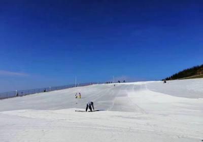 2020年宜昌到五峰滑雪一日游二日游执行特价,欢迎来五峰滑雪