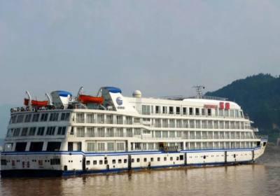 蓝鲸号游船,长江海外系列宜昌到重庆涉外豪华游轮