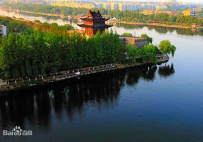 襄阳旅游2800年历史的护城河保护改造后重放光彩