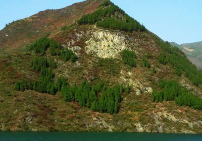 12月来三峡看红叶吧,宜昌出发到奉节三峡红叶三日游开始发团