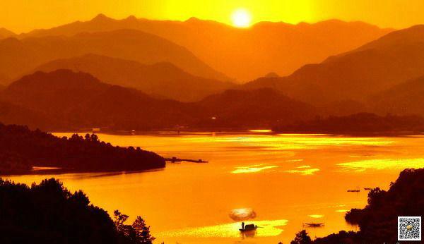 宜昌天龙湾风景区,乘船游百岛湖,参观世界最小道观石柱观