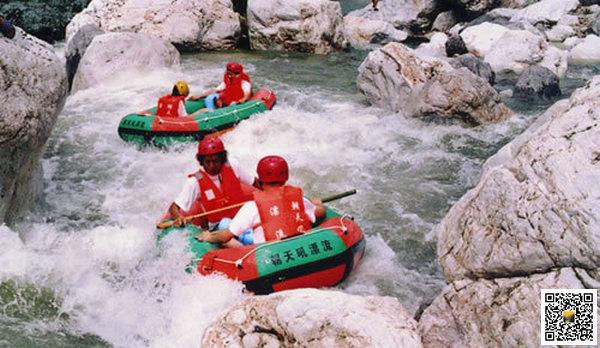 2019年中国宜昌国际极限漂流大赛在宜昌举行,九畹溪青龙峡朝天吼横鼎漂流成热点
