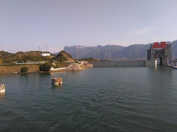 三峡升船机正式恢复运行,欢迎来宜昌乘坐升船机过三峡大坝体验垂直提升113米