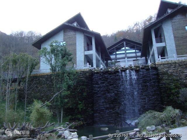 神农架自然展览馆,神农架官门山旅游景点
