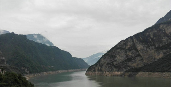 宜昌到三峡大坝两坝一峡豪华游轮一日游秋冬特价仅需198元