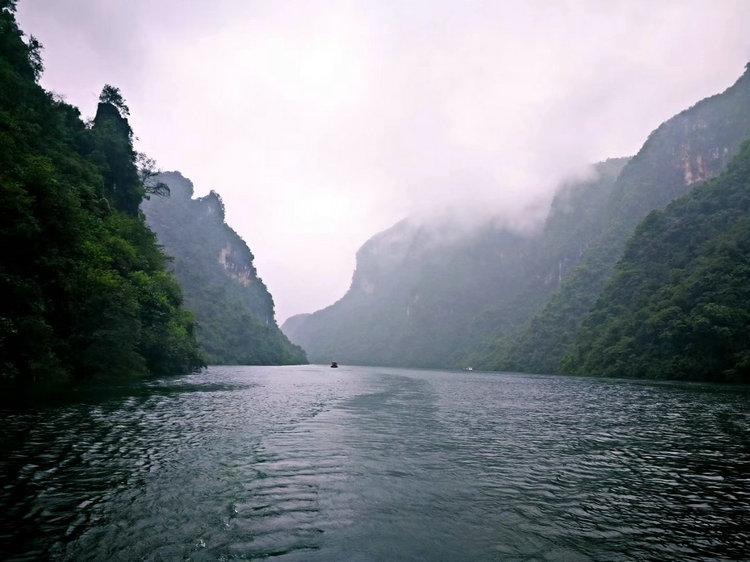 湖北旅游5A景点已达12家,包含宜昌三峡人家三峡大坝屈原故里清江画廊