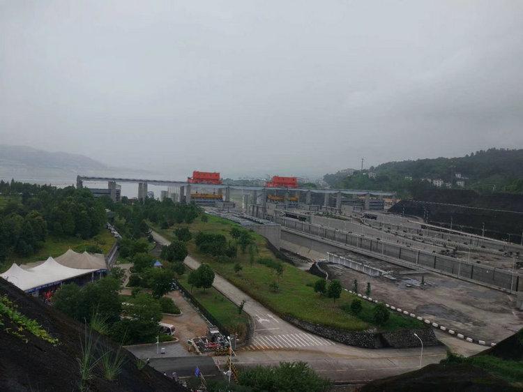 三峡船闸通航能力创新高,宜昌三峡大坝旅游