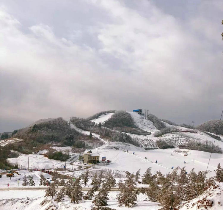 2019年百万人次湖北人游玩冰雪运动,宜昌滑雪神农架滑雪是省内热点