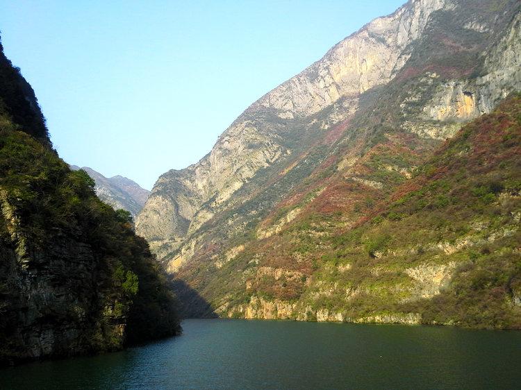三峡红叶节11月20日开幕 宜昌乘船到三峡巫山看红叶