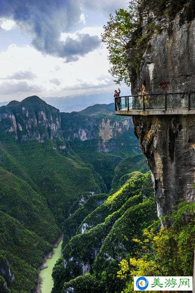 图片|重庆云阳旅游景点龙缸云端廊桥|玻璃栈道图片